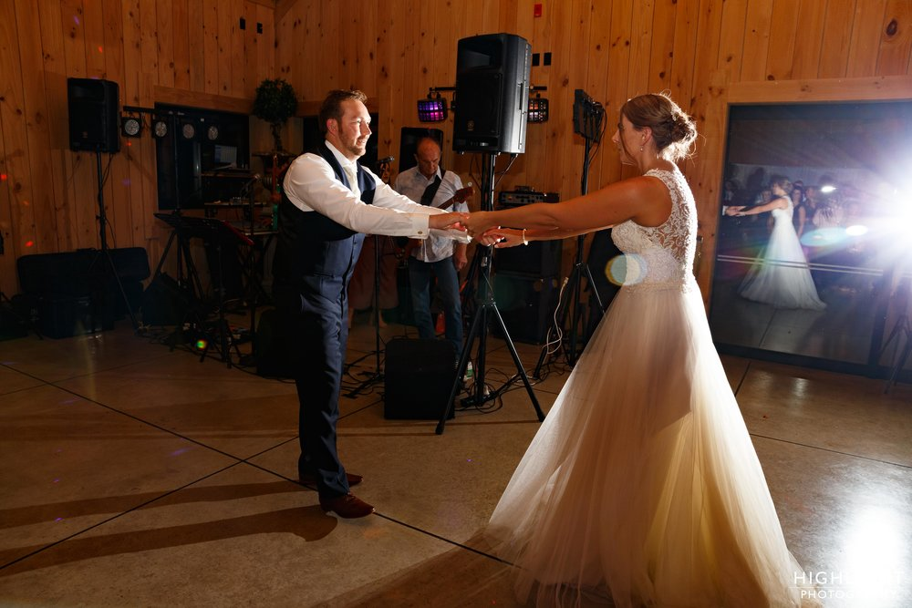 highlight-wedding-photography-palmerston-north-new-zealand-orlando-country-club-wedding-153.jpg