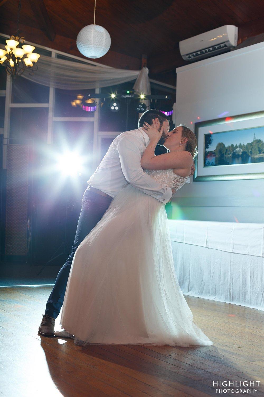 highlight-wedding-photography-palmerston-north-new-zealand-manawatu-chalet-146.jpg