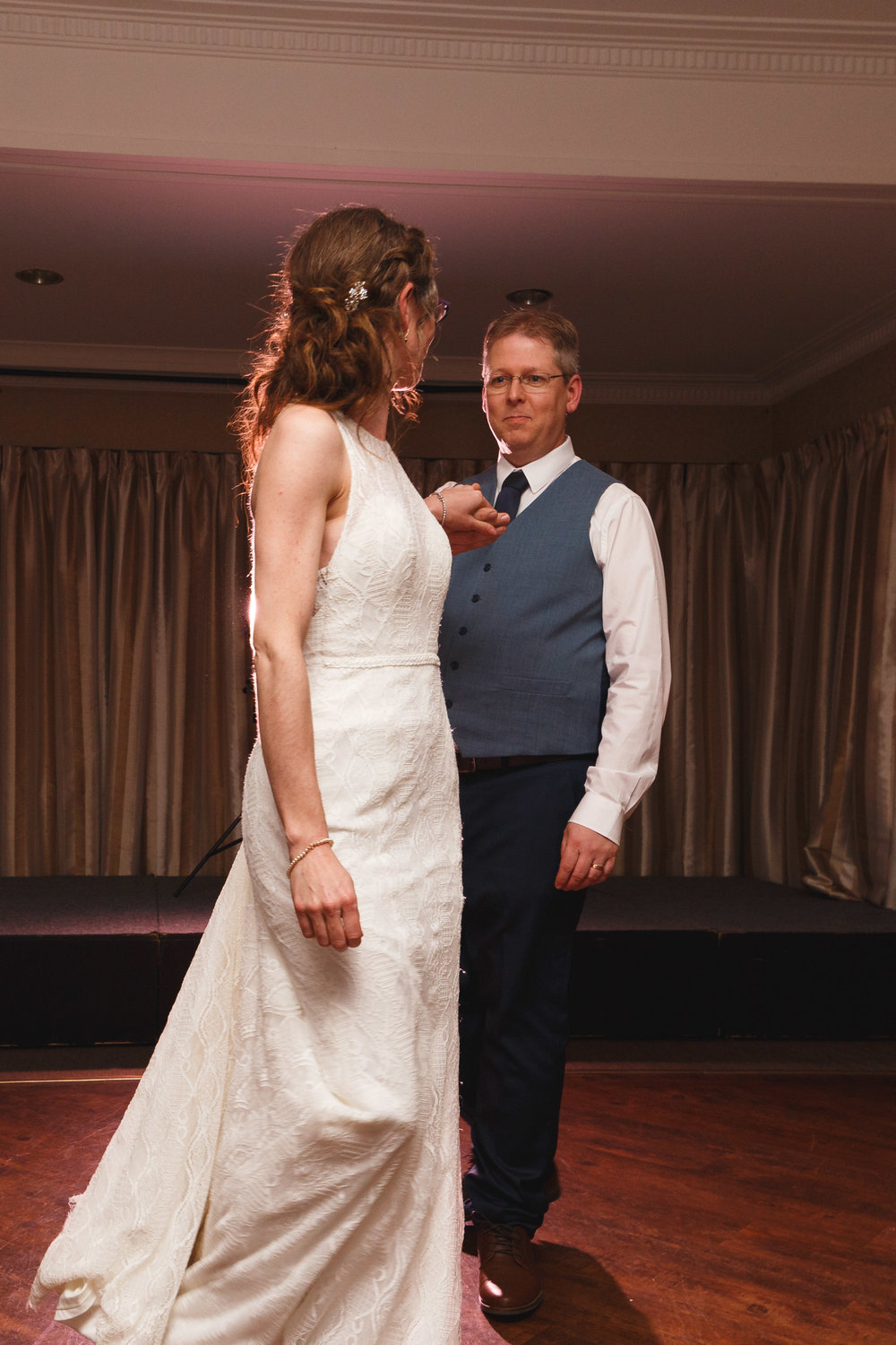 highlight-wedding-photography-hotel-coachman-palmerston-north-76.jpg
