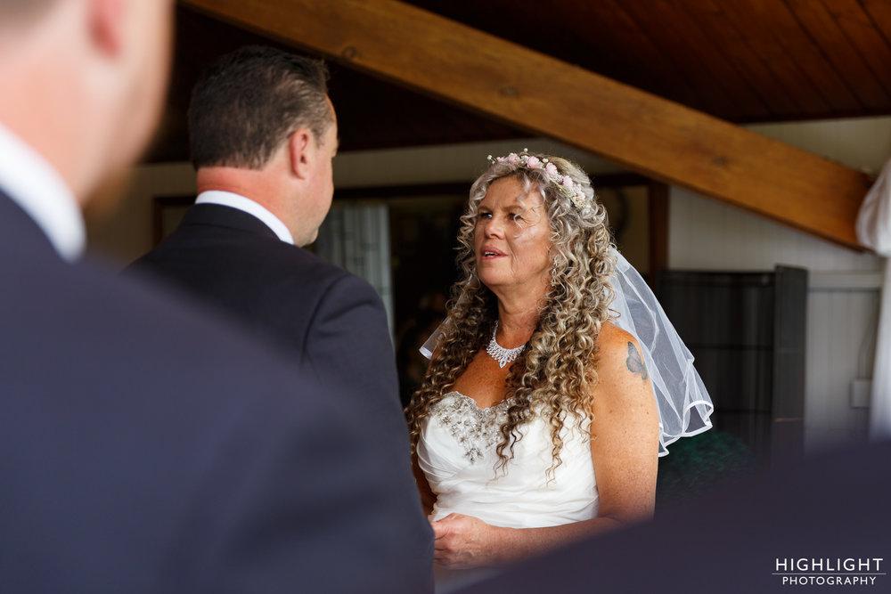 highlight_wedding_photography_palmerston_north_manawatu_chalet_wedding-42.jpg