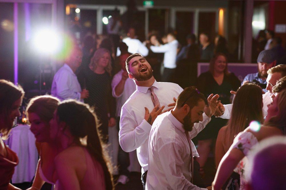 racecourse-highlight-wedding-photography-palmerston-north-216.jpg