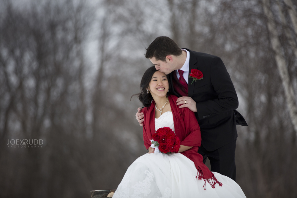 Winter Wedding Kiss Ottawa