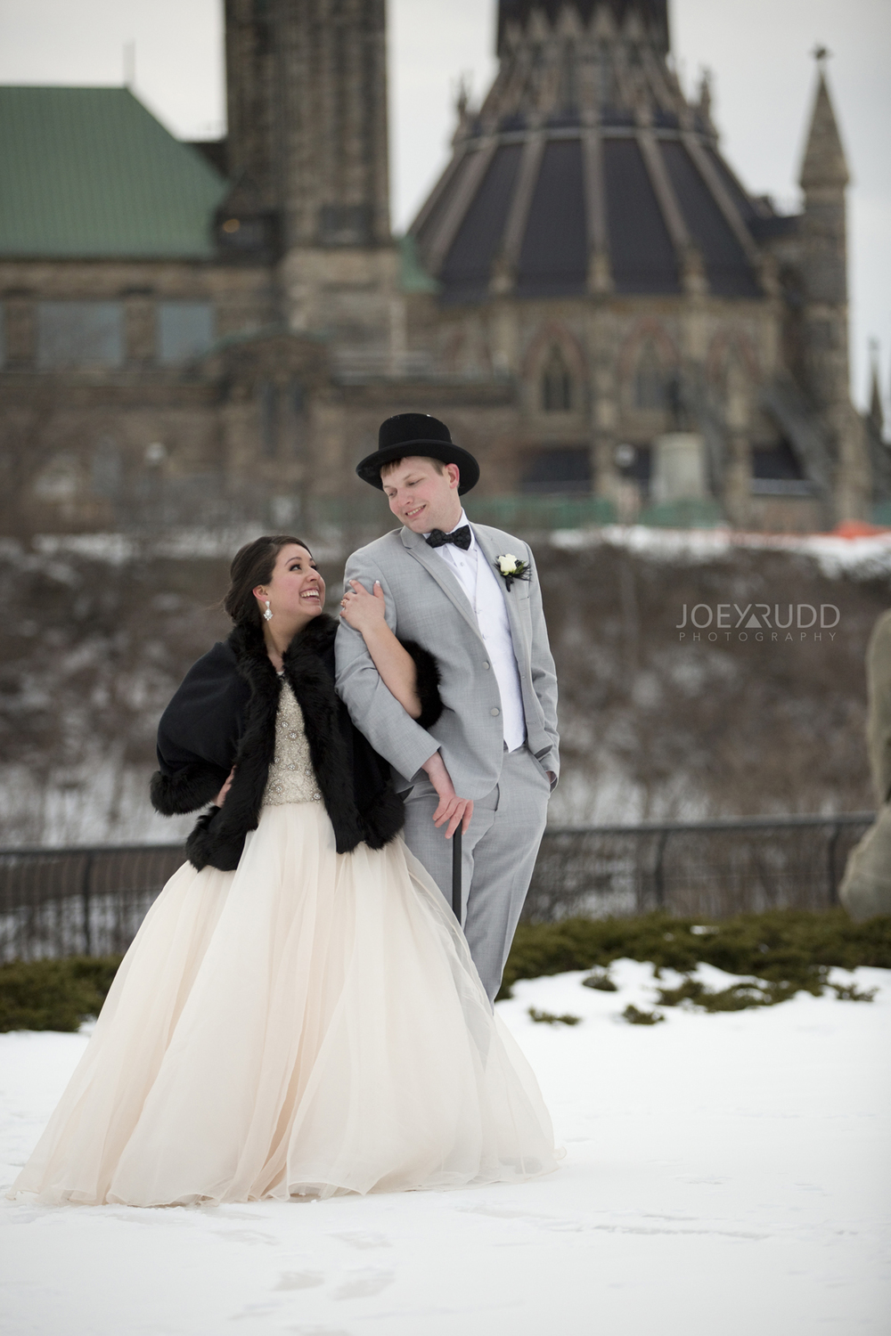 Bride and Groom Winter Ottawa
