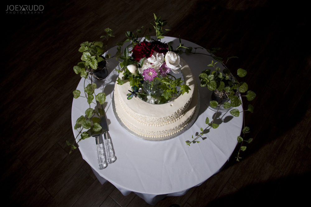 Kemptville Wedding by Ottawa Wedding Photographer Joey Rudd Photography Century Wedding and Events Cake
