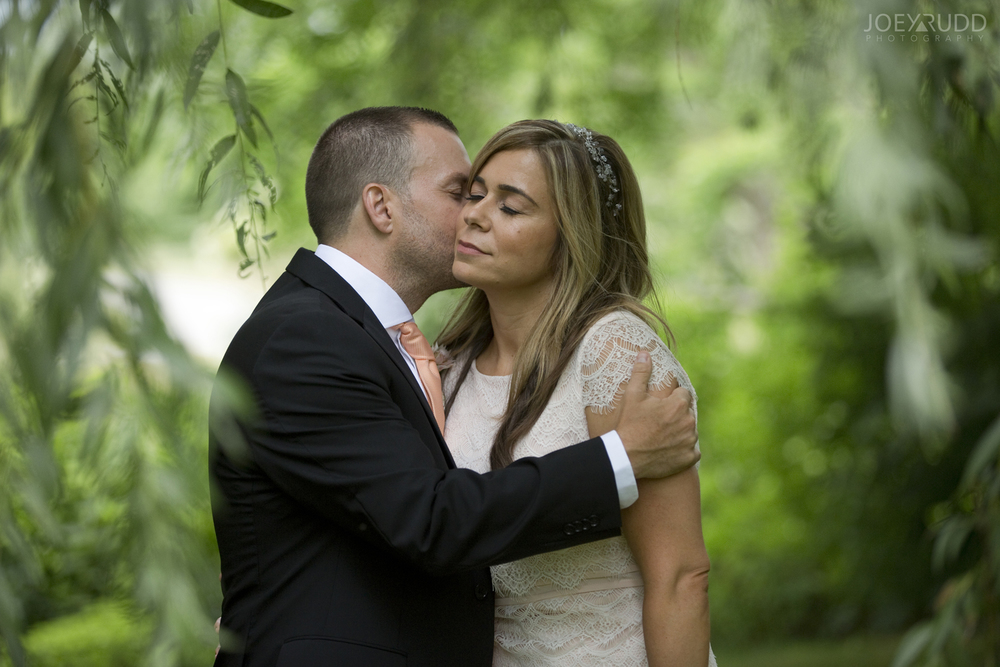 Elopement Wedding by Ottawa Wedding Photographer Joey Rudd Photography Arboretum Weeping Willow