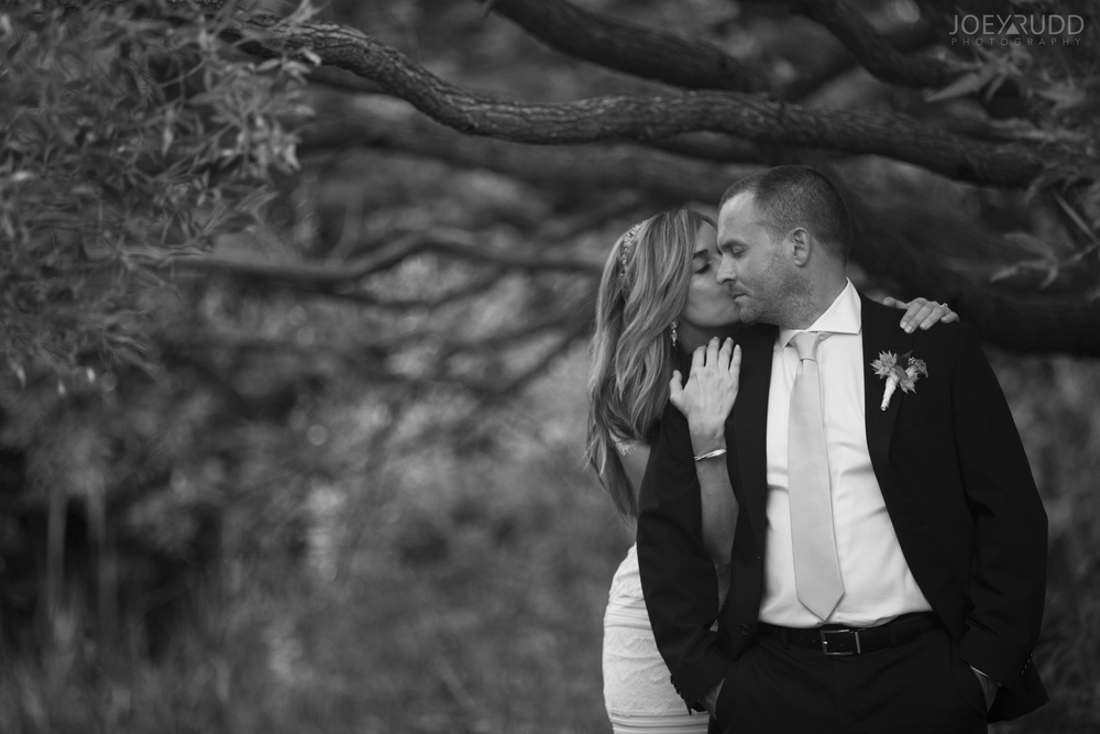 Elopement Wedding by Ottawa Wedding Photographer Joey Rudd Photography Arboretum Nature Trees