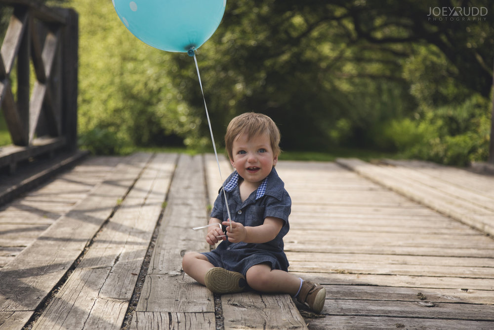 Ottawa Family Photographer Joey Rudd Photography Arboretum Balloon