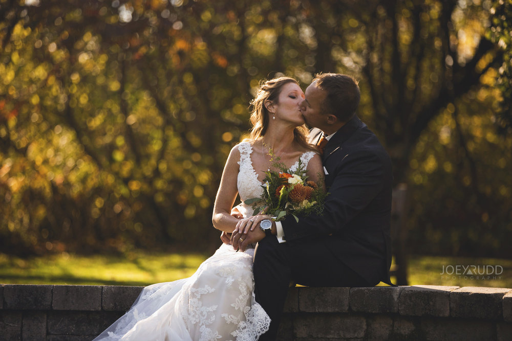 Ottawa Fall Wedding by Wedding Photographer Joey Rudd Photography Posing Couple