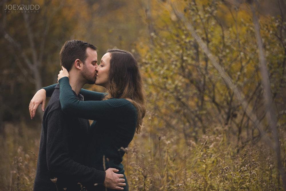 Brockville Engagement Photos by Ottawa Wedding Photographer Joey Rudd Photography Kissing