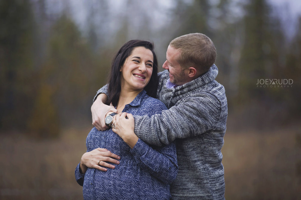 Family and Maternity Session by Ottawa Photographer Joey Rudd Photography Lovely