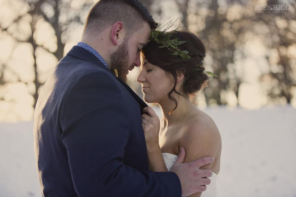 Ottawa winter wedding by ottawa wedding photographer Joey Rudd Photography Closeup