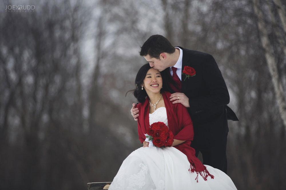 Best of 2016 Ottawa Wedding Photographer Joey Rudd Photography Candid Lifestyle Photojournalistic Wedding Photos Winter Bench