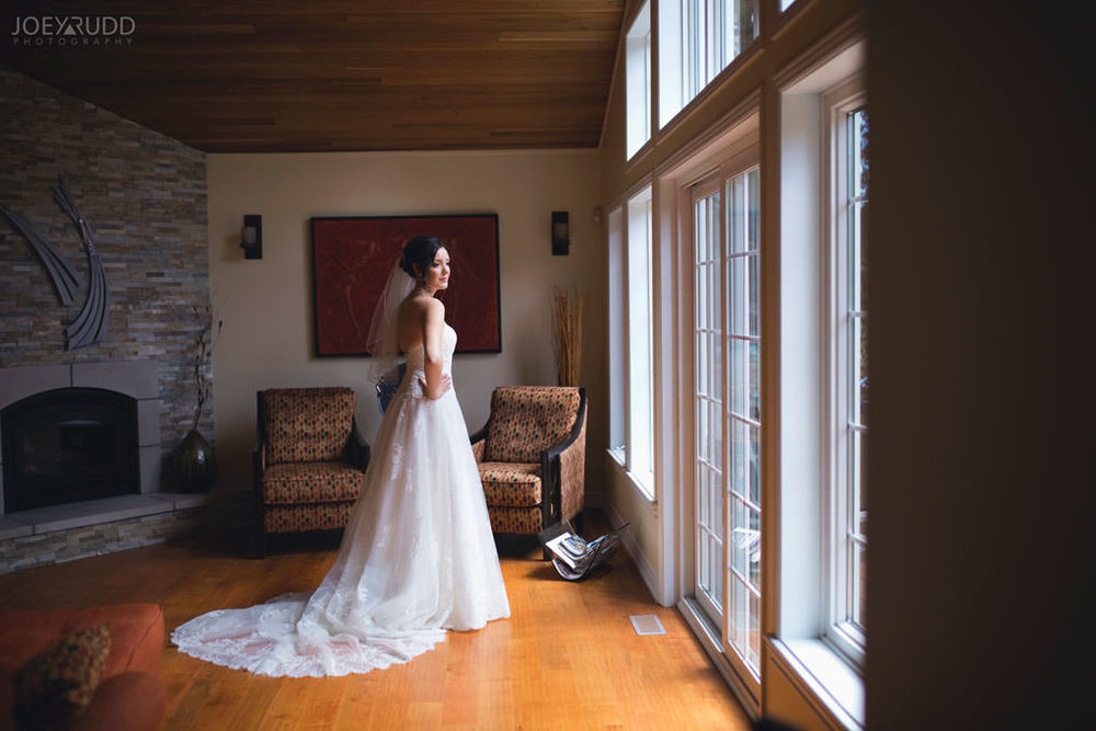 Val-des-Monts Wedding by Ottawa Wedding Photographer Joey Rudd Photography Bride Prep