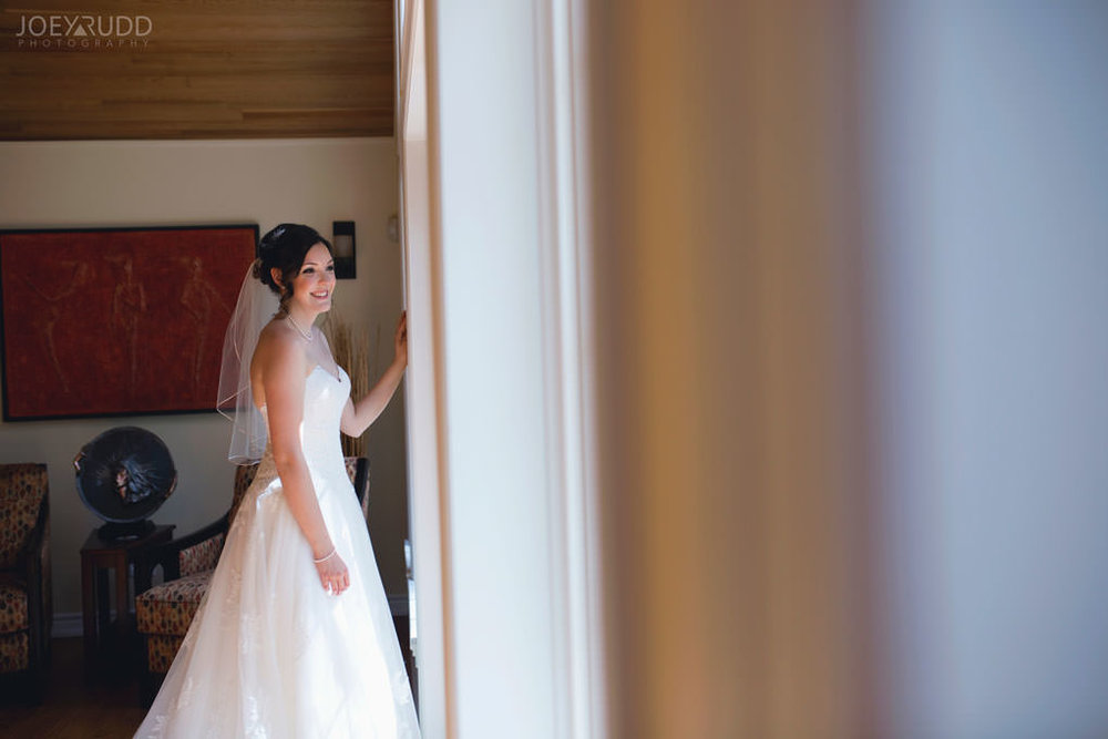 Val-des-Monts Wedding by Ottawa Wedding Photographer Joey Rudd Photography Lifestyle Candid