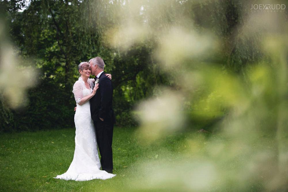 Ottawa Wedding Photographer Joey Rudd Photography Arboretum in Ottawa Park Location for Photos Outside Lifestyle