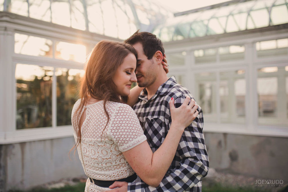 Engagement Photos at the arboretum by Ottawa Wedding Photographer Joey Rudd Photography Sunset Chasing Light Golden Hour