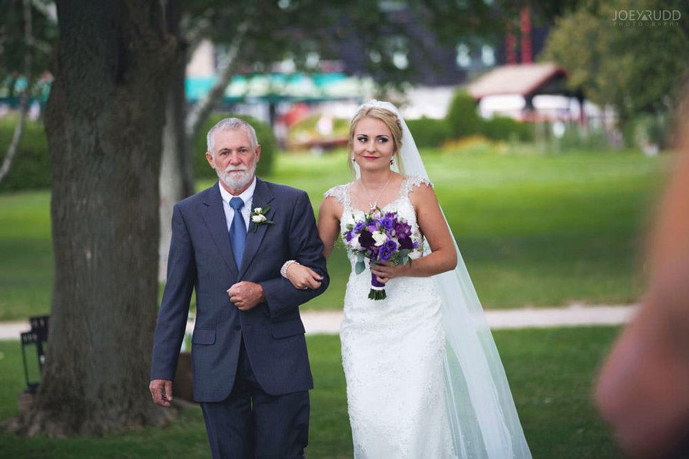 Ottawa & Quebec Wedding Photography by Ottawa Wedding Photographer Joey Rudd Photography Wedding at Fairmont Chateau Montebello Piper Avenue Wedding Ceremony Gazebo Bridal