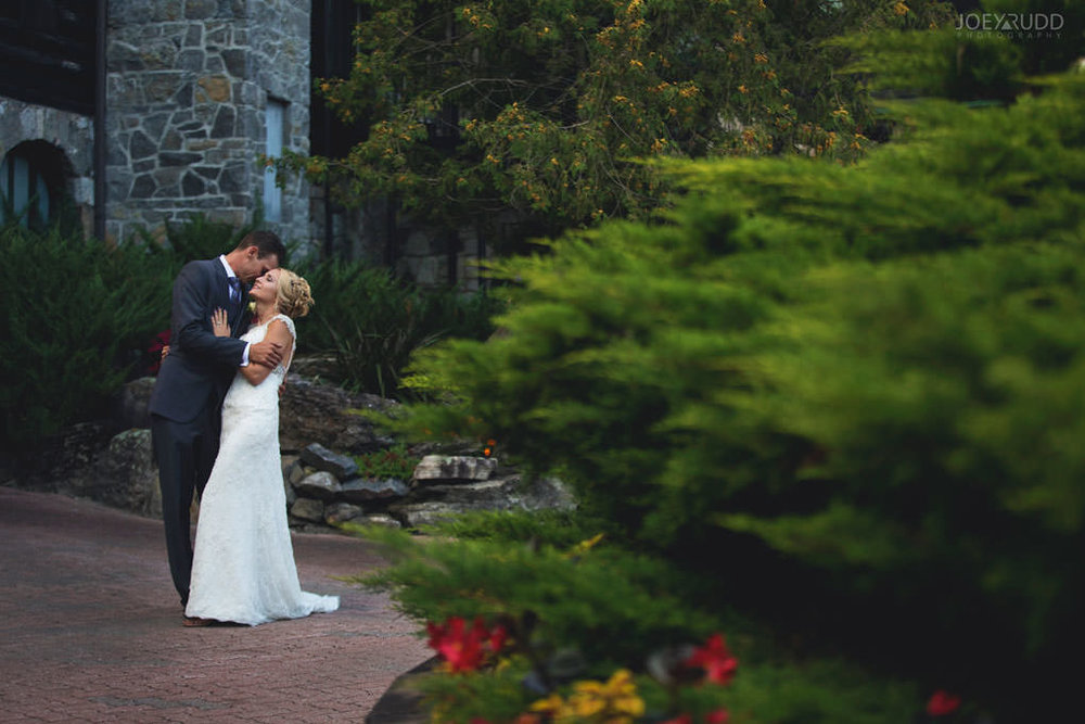 Ottawa & Quebec Wedding Photography by Ottawa Wedding Photographer Joey Rudd Photography Wedding at Fairmont Chateau Montebello Piper Avenue Wedding