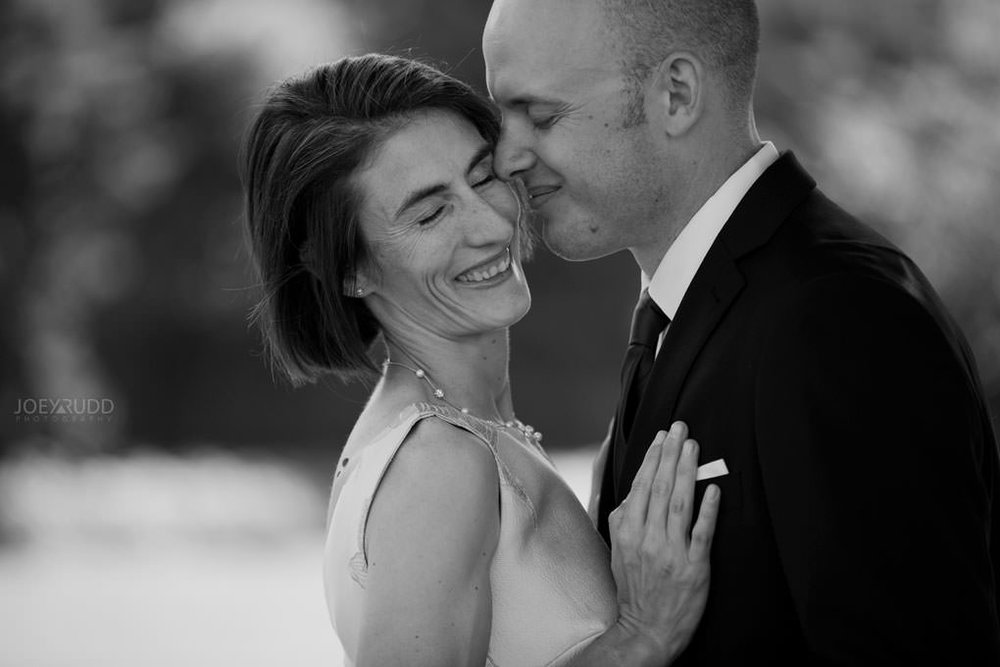 Elopement Wedding by Ottawa Wedding and Elopement Photographer Joey Rudd Photography Art Gallery Nepean's Point Majors Hill Chateau Laurier Byward Market Pose