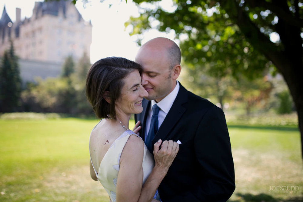 Elopement Wedding by Ottawa Wedding and Elopement Photographer Joey Rudd Photography Art Gallery Nepean's Point Majors Hill Chateau Laurier Byward Market Cute Candid
