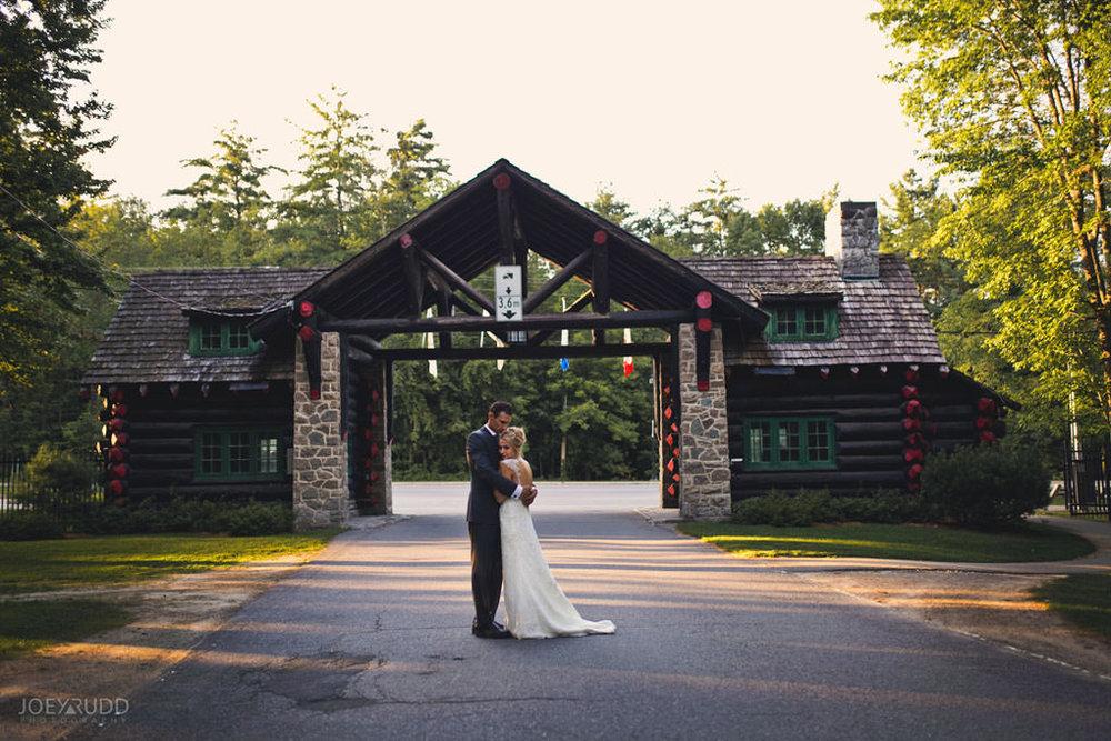 2017_08_26---Andrea-&-Jeff-648.jpgFairmont Chateau Montebello Wedding by Ottawa Wedding Photographer Joey Rudd Photography