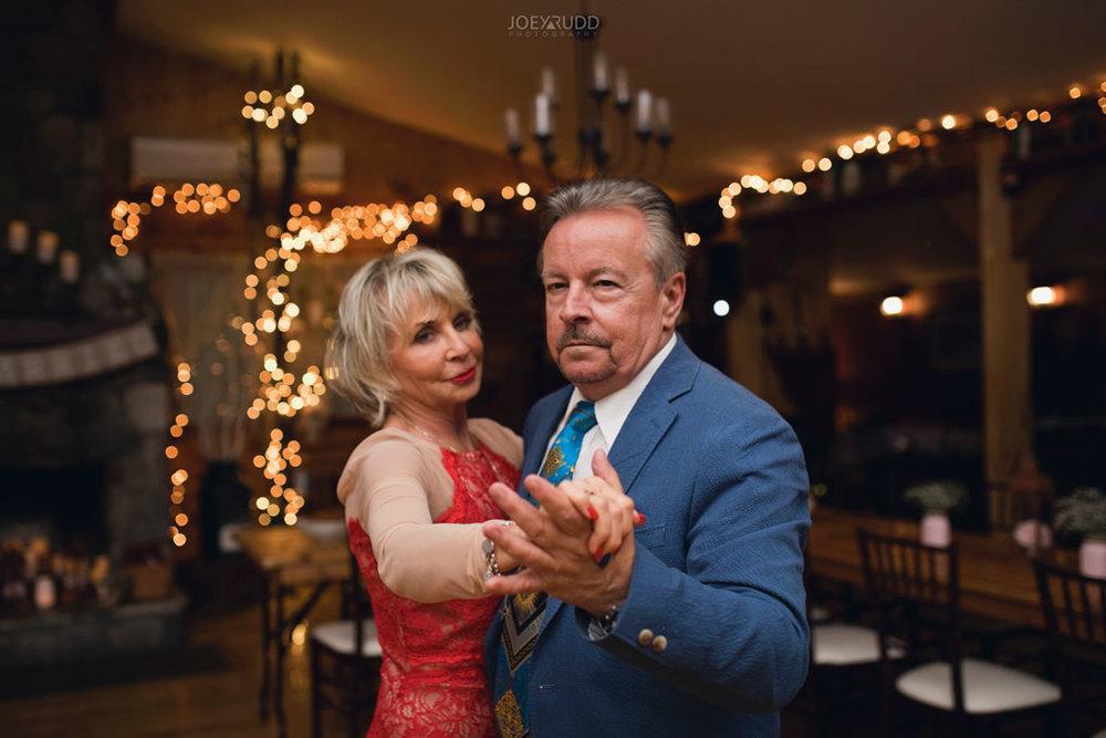 Bean Town Ranch Wedding by Ottawa Wedding Photographer Joey Rudd Photography Reception Wedding Venue Dancing