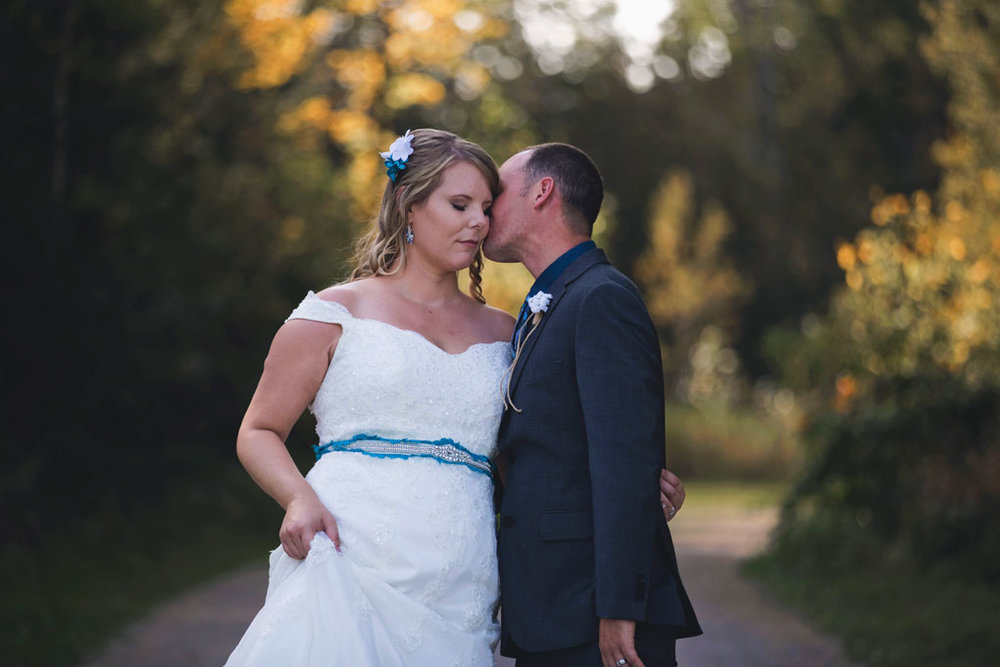 Sand Point Golf Course Wedding in Arnprior by Ottawa Wedding Photographer Joey Rudd Photography Bride and Groom Golden Hour