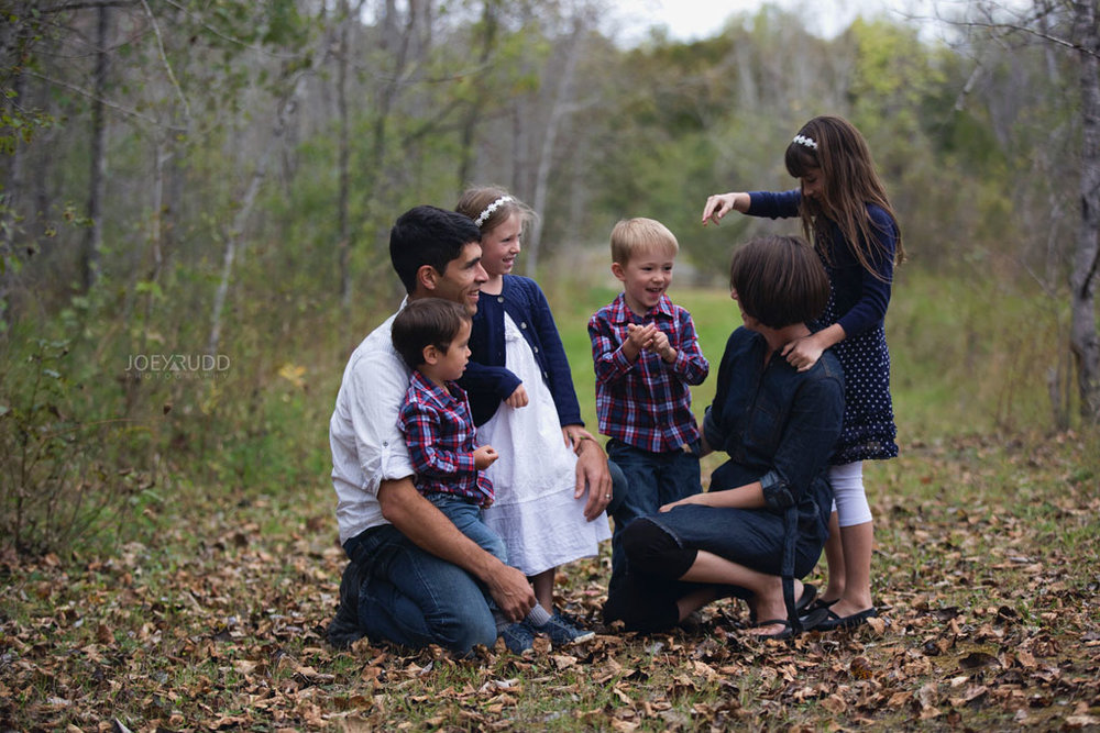 Family Photography Session in Perth Ontario by Ottawa Photographer Joey Rudd Photography Lifestyle