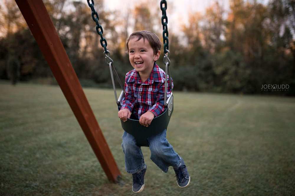 Family Photography Session in Perth Ontario by Ottawa Photographer Joey Rudd Photography Lifestyle Play Kid