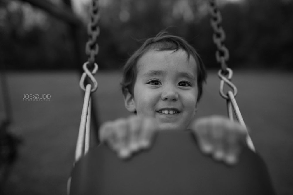 Family Photography Session in Perth Ontario by Ottawa Photographer Joey Rudd Photography Lifestyle Play Swing Set