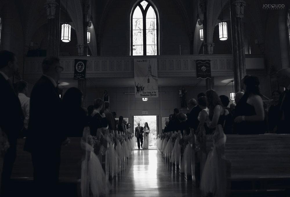 Orchard View Wedding by Ottawa Wedding Photographer Joey Rudd Photography church