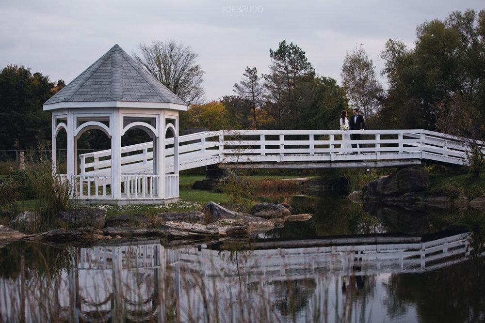 Orchard View Wedding by Ottawa Wedding Photographer Joey Rudd Photography gazeebo