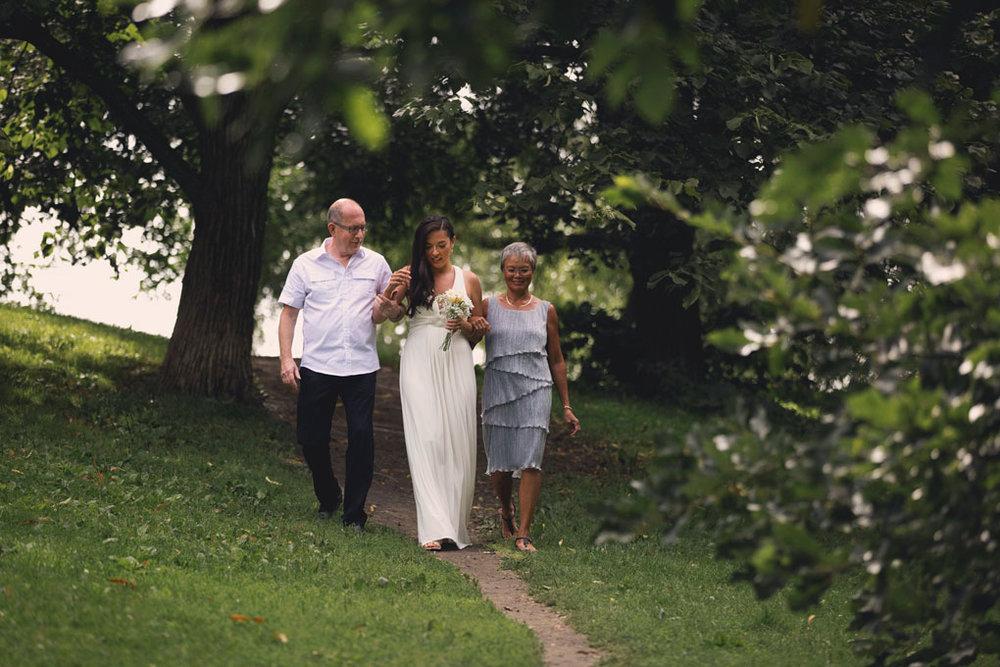Elopement Wedding Officiant, Elopement Wedding Photographer, Ottawa Wedding Photographer, Ottawa Wedding Photography, Private Wedding Ceremony in a Park, Arboretum