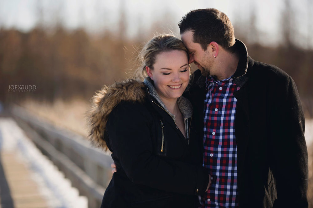Mer Bleue Engagement, Ottawa Engagement, Engagement Photos, Engagement Photographer, Ottawa Wedding Photographer, Joey Rudd Photography, Ottawa Photographer, Winter Photos, Photo Location, Posing, Snuggle