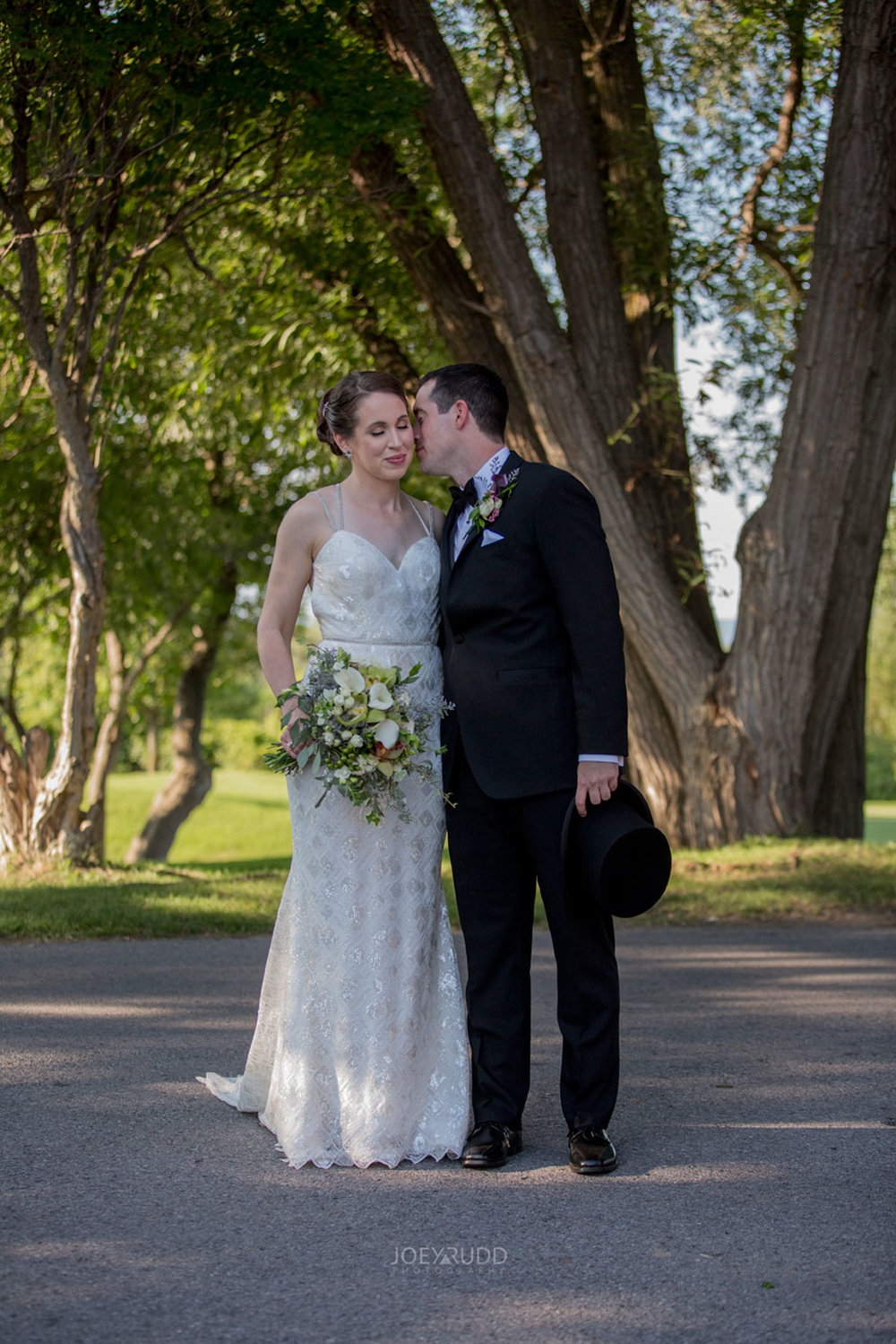 Marshes Wedding, Marshes Golf Club, Ottawa, Ottawa Wedding, Ontario Wedding, Joey Rudd Photography, Wedding Photos, Bride and Groom, Couple at Golf Club