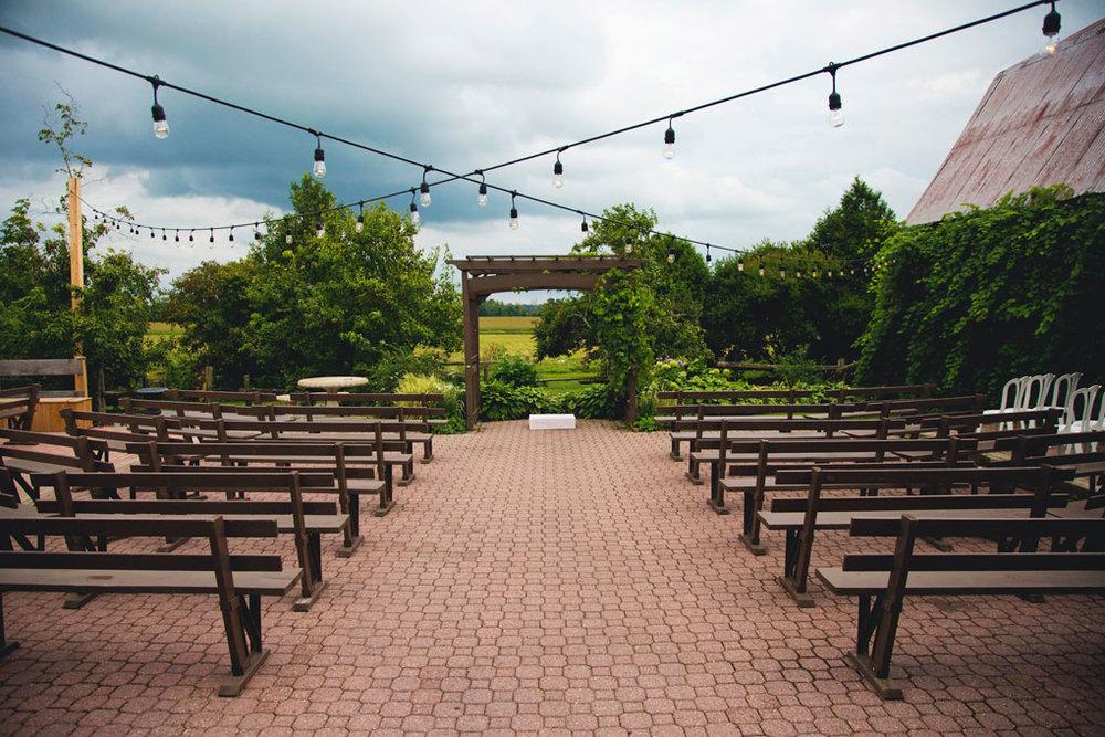Ottawa Wedding Photography, Ottawa Wedding Photographer, Ottawa wedding photos, wedding photos, Ottawa Wedding Venues, Reception Venues in Ottawa, Ottawa Reception Venues, Ottawa Venue, Strathmere, outdoor venue, ceremony