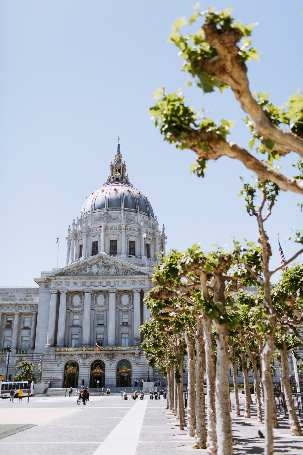 SanFrancisco-City-Hall-Elopement-15.jpg