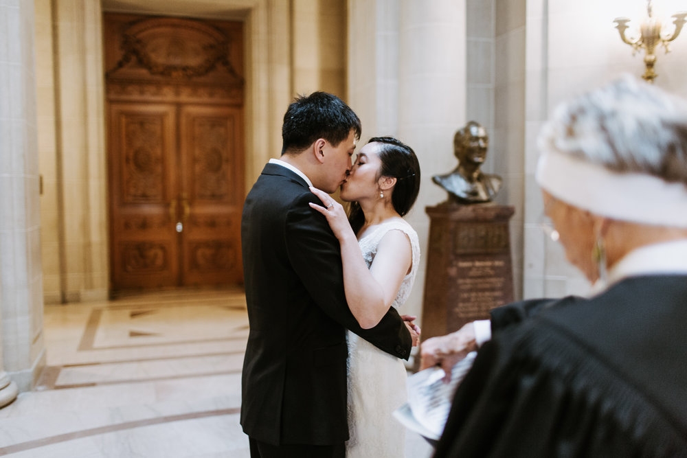 SanFrancisco-City-Hall-Elopement-28.jpg