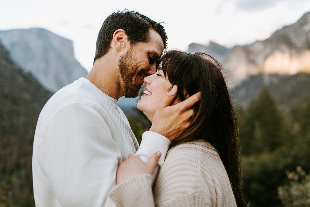Yosemite-Engagement-Photos-Amanda&Brett-20.jpg