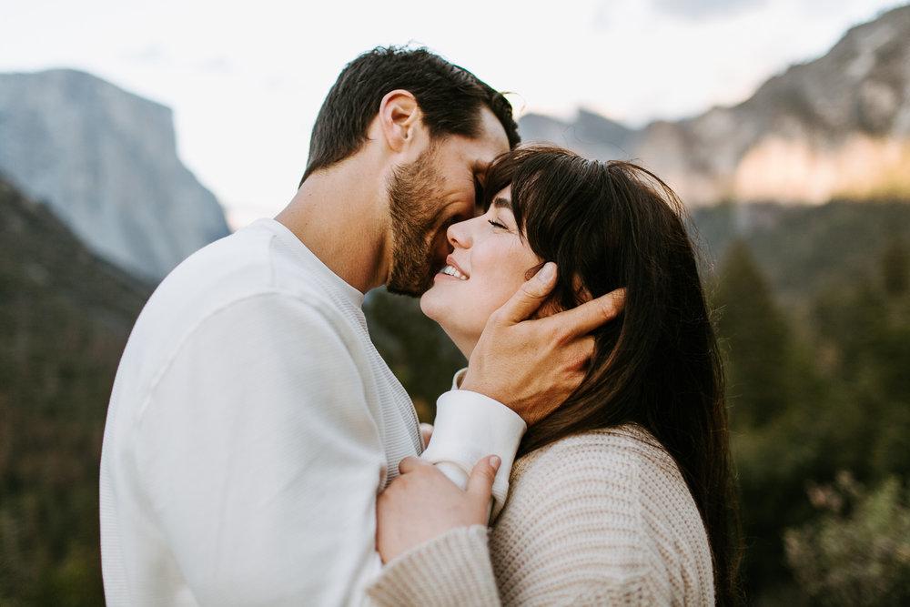 Yosemite-Engagement-Photos-Amanda&Brett-21.jpg