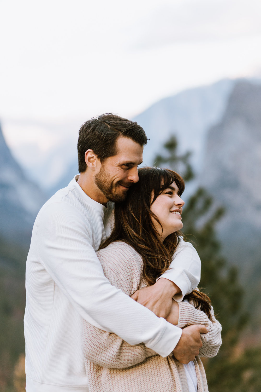 Yosemite-Engagement-Photos-Amanda&Brett-24.jpg