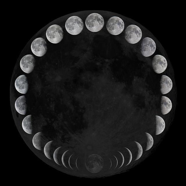 111115 blog - moon_933.jpg
