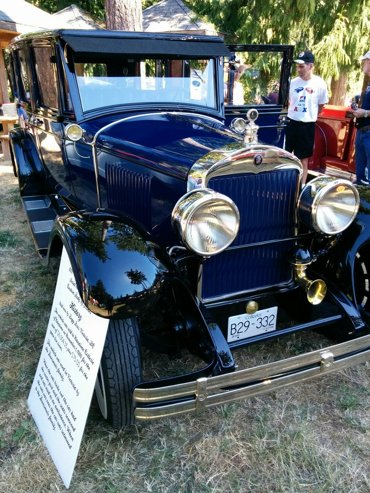 Fords and Friends Classic Cars — The Victoria Experience