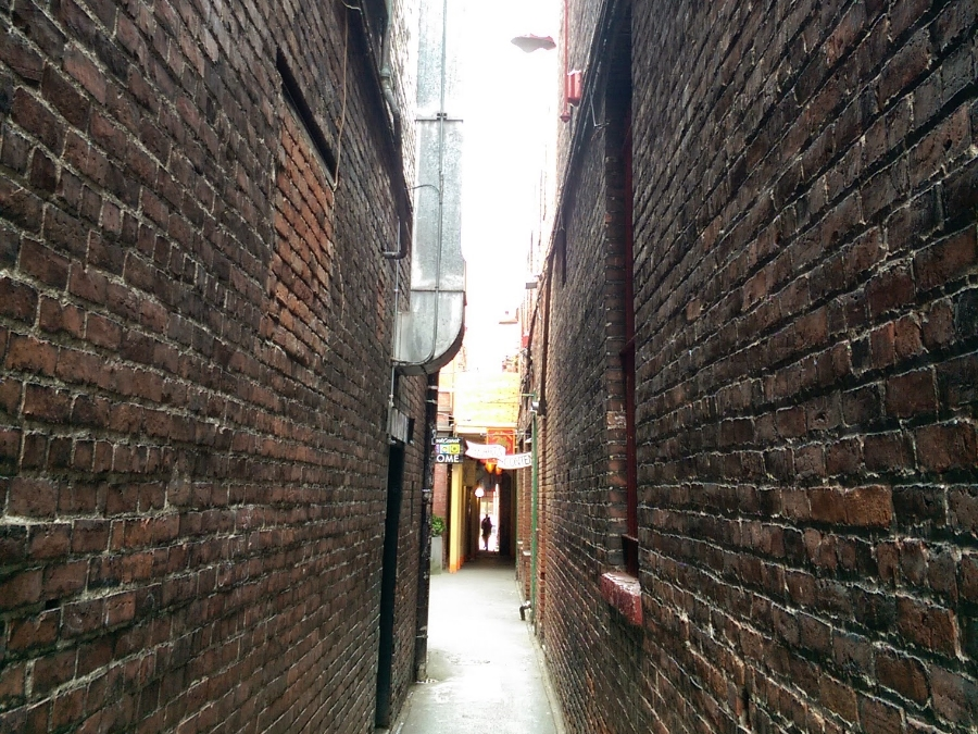 victoria-fan-tan-alley