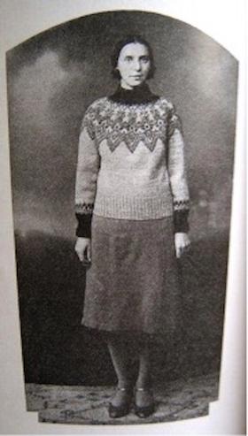 """Annichen Sibbert in """"Eskimo peysunni."""" Urd. No. 48, 1930. As reproduced in Harpa Hreinsdottir, """"Hin eina sanna Eskimó peysa; Í tilefni 80 ára afmælis."""" Reykjavik, 2010."""