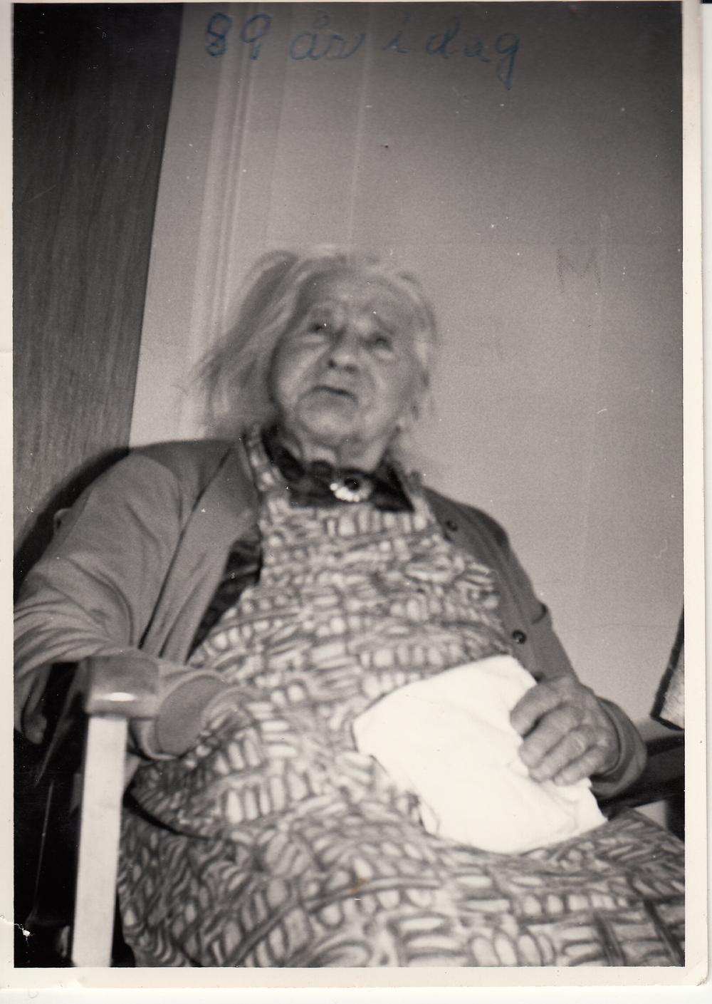 Helene Lia - Fyllte 89 år på Gjerstadheimen.