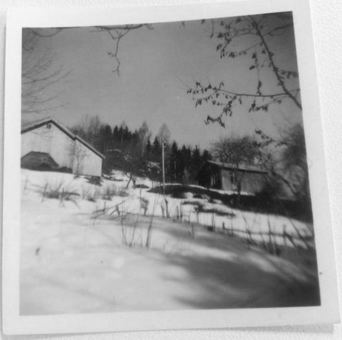 Foto funnet i ei sangbok hos Arne og Agnes Osmundalen. Foto av Lia trolig tatt på 1960-tallet.