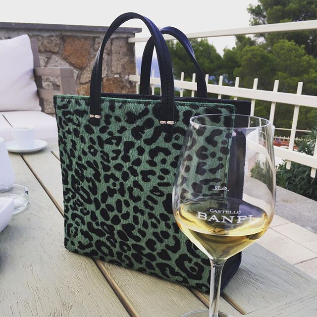 The bag visits Isola del Giglio. Bellssimo! @clarevivier