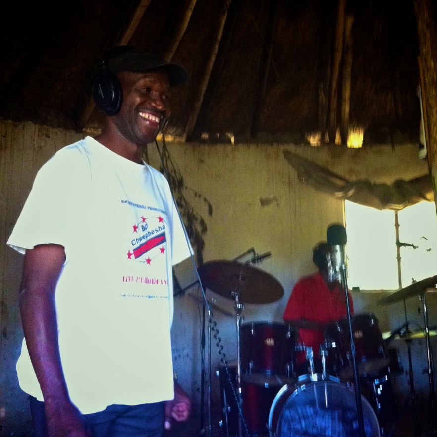 Bo Chewphesha in Siteki hut recordings.jpg