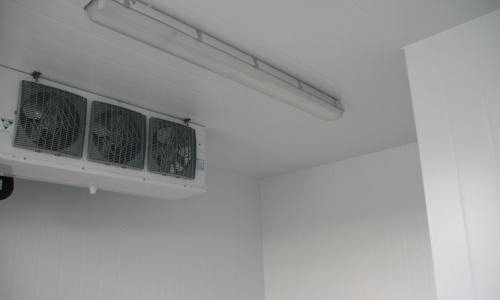 Storkjøken/institusjon   Vi leverer kjøle- fryserom og tilleggsprodukt til storkjøken og institusjonar over heile landet   Les meir